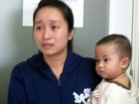 Nguyen Hoang Hung with mom in 2012